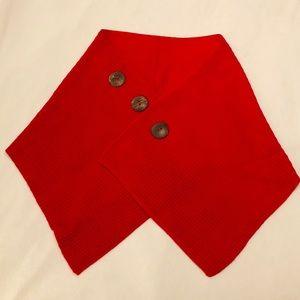 🧣 IZIA Cozy Red Shawl Scarf Wrap Button-Close